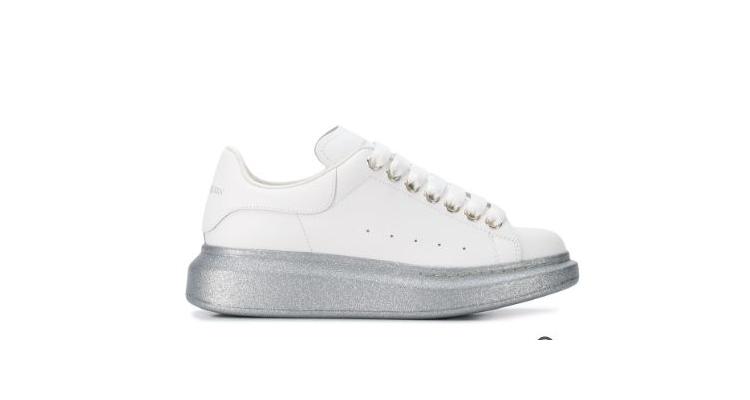 Alexander McQueen 麥昆經典小白鞋熱賣
